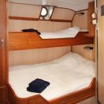 RVR-Twin-Private-Porthole-cabin